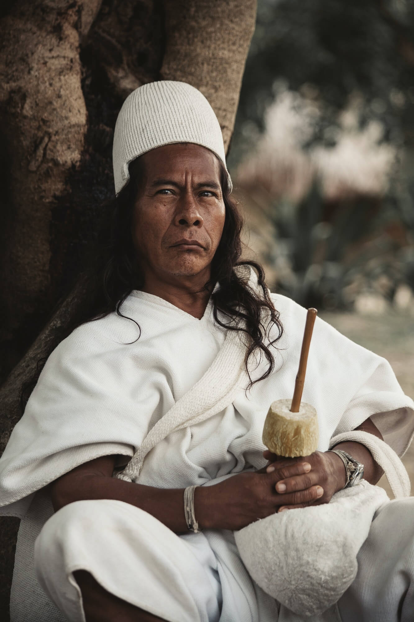 Portrait of an Arhuaco native in the jungle of Santa Marta, in Colombia.